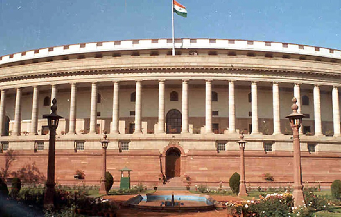 What should be the ideal size of Lok Sabha